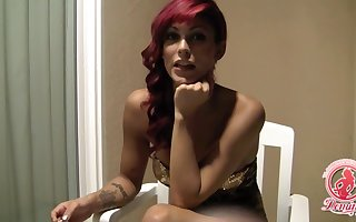 Dombonus redhead tranny